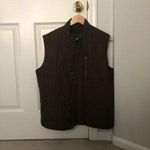 Men's Banana Republic Quilted Vest. Medium. Olive